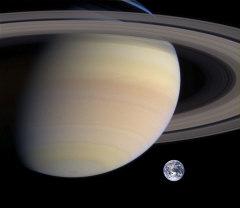 Saturn-Earth.jpg