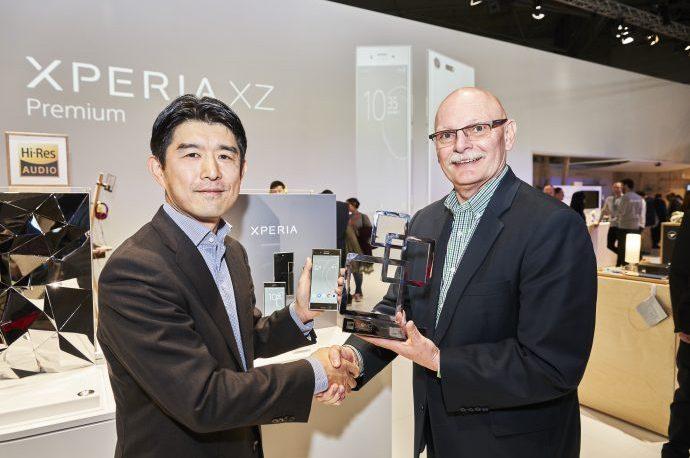 【XZ Premium】MWC2017最高の栄誉「ベストスマートフォン賞」を受賞!予約も開始されました!!