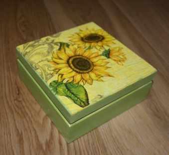 To samo pudełko ze słonecznikami, tylko z innej strony
