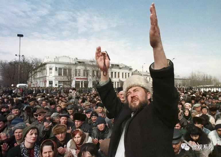 38天2次穿越台湾海峡!美海军驱逐舰上蹿下跳,第七舰队定义自由航行