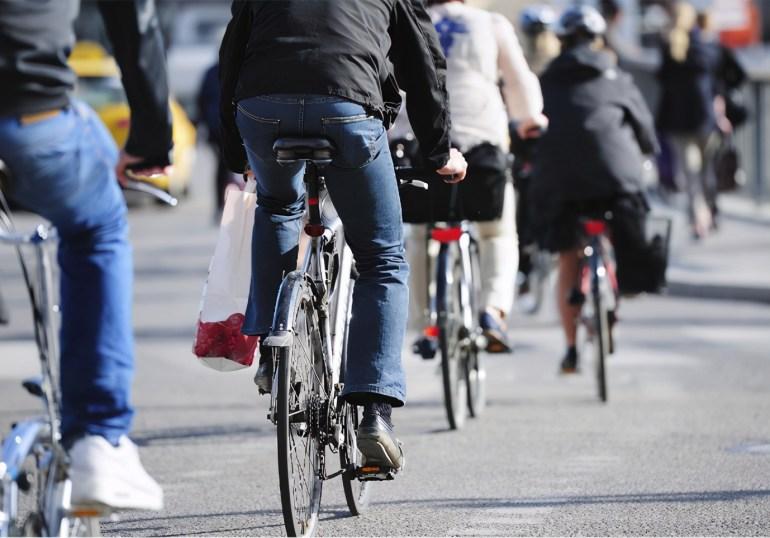 中国要下狠手了?英媒:中方拟限制稀土出口,F-35出现停产危机