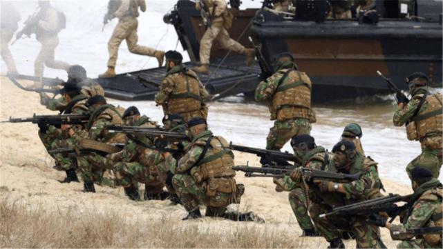 """2021年首次降价!中国成品油终结""""九连涨"""",加满一箱油少花9元"""