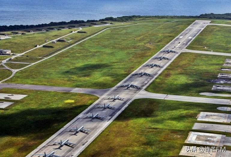 2艘中国军舰现身澳领海,西方搬起石头砸脚,自由航行已不再是其专利?