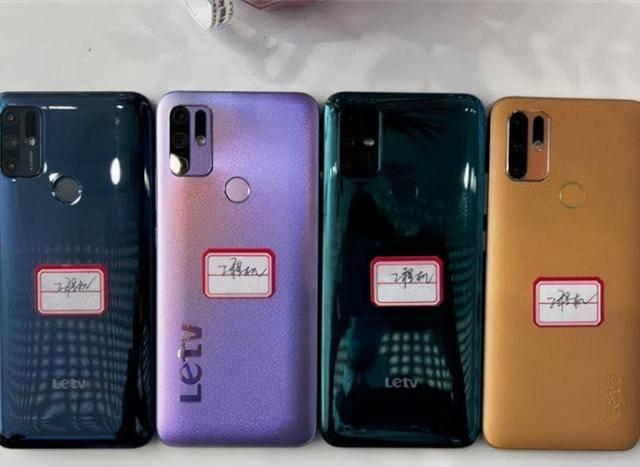 美军不长记性,死亡峡谷再起祸端,战机意外坠毁,飞行员落地受伤