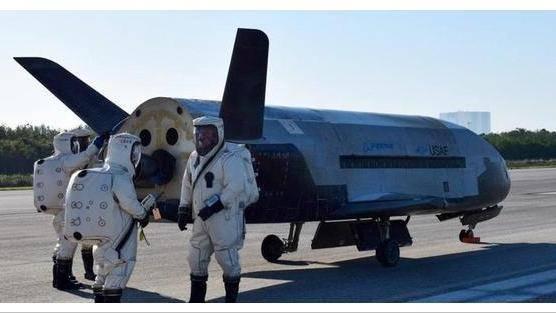 不能有幻想!中美高层瑞士会晤,美军没有消停,无人机再闯东海