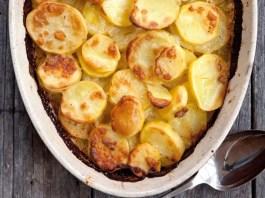 Πατάτες Ογκρατέν με γραβιέρα και σκόρδο