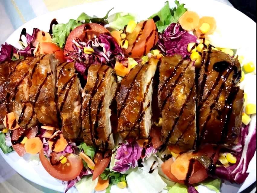 Χοιρινό παϊδάκι με σάλτσα μπάρμπεκιου