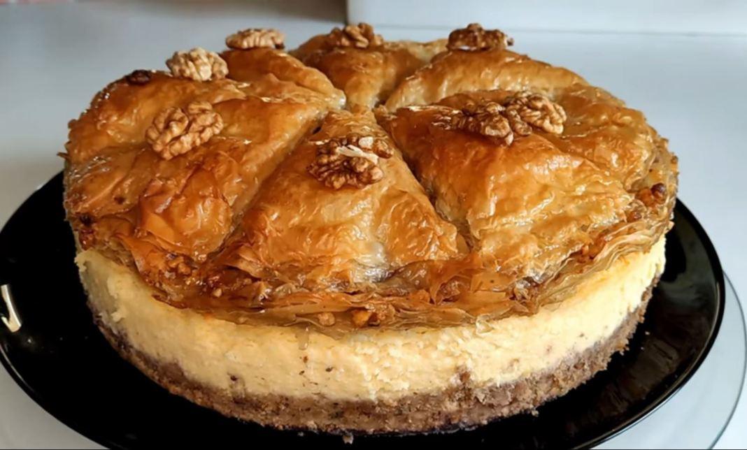 Βaklava cheesecake - Τσιζ κέικ Μπακλαβα