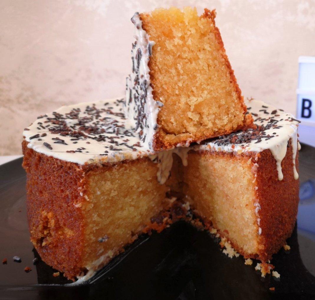 Κέικ με λευκή Σοκολάτα
