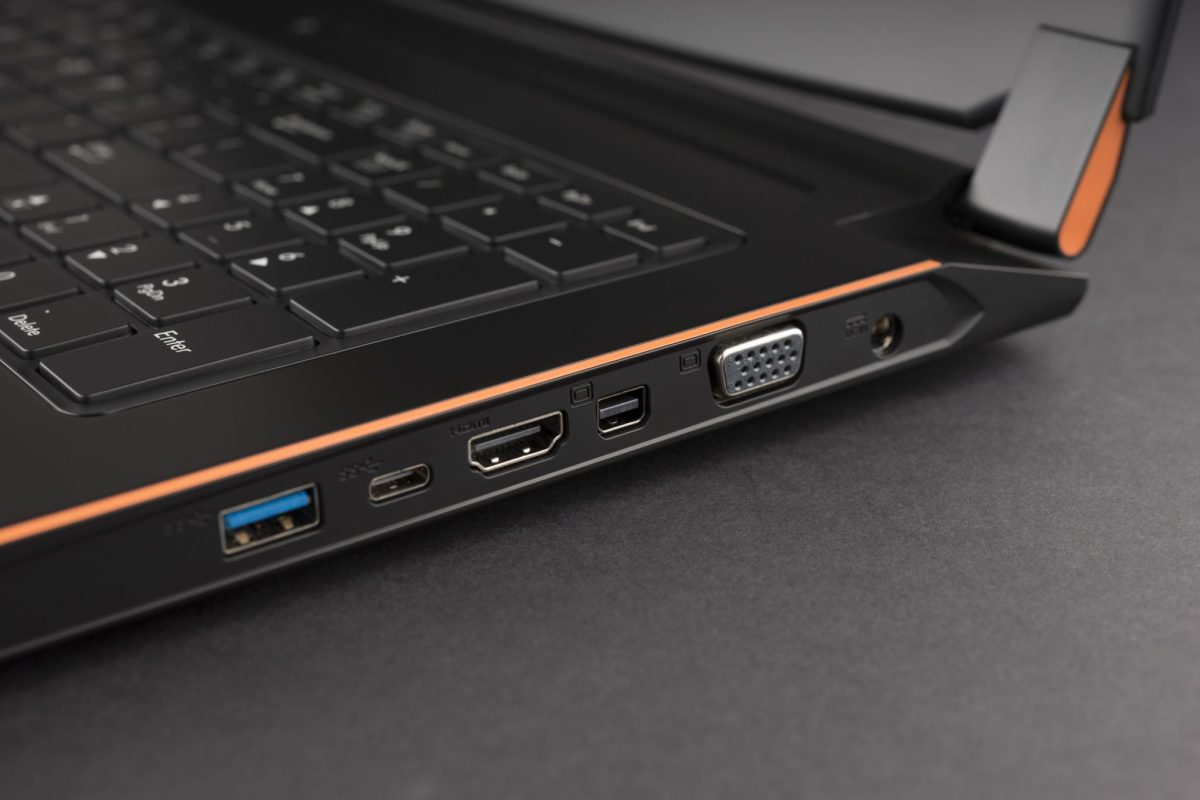 4. Embedded in P57, the HDMI 2.0 with HDCP 2.2, brings user high quality 4K visual at 60Hz