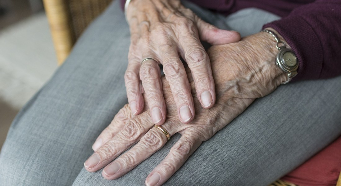 Study: Antiepileptic Drugs Double Pneumonia Risk Among Alzheimer's Patients