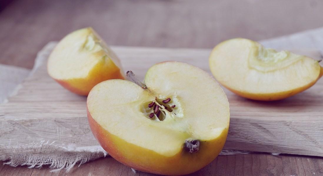 Cornell Scientists Turn Apple Waste into Profitable Snack Food