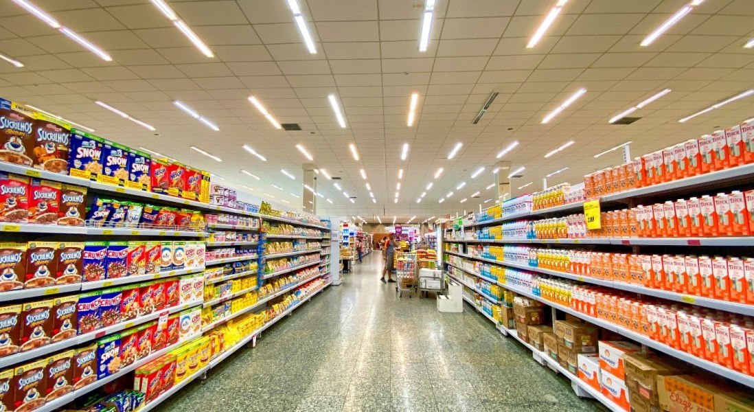 How Grocery Stores are Using Robots During COVID-19