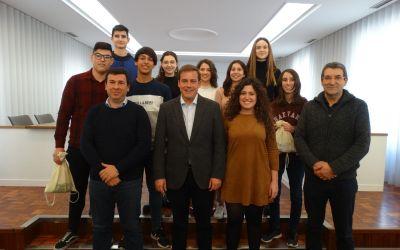 L'Ajuntament de Xàtiva rep als Premis Extraordinaris de Secundària del passat curs