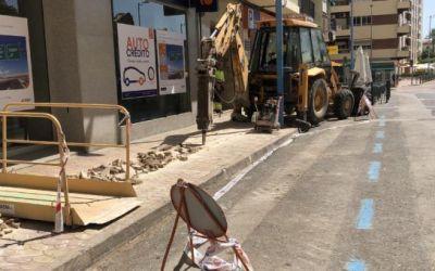 En marxa la reparació de la xarxa d'aigua potable en l'Avinguda Acadèmic Maravall