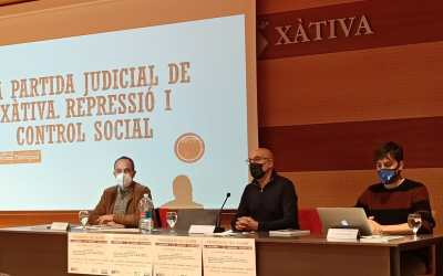 L'EPA de Xàtiva acull la presentació del primer llibre de la sèrie subvencionada per la Diputació que recull històries de la postguerra