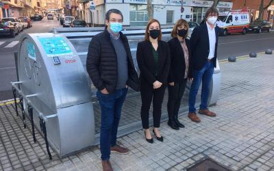 """La Diputació de València instal·la un dispositiu """"aparcabicis"""" a Xàtiva"""