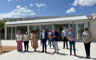 Toni Gaspar visita el nou centre de dia de La Font de la Figuera