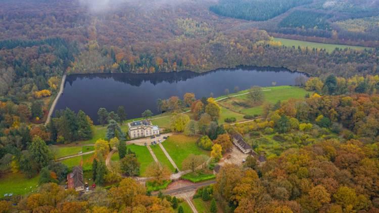 estate lake France