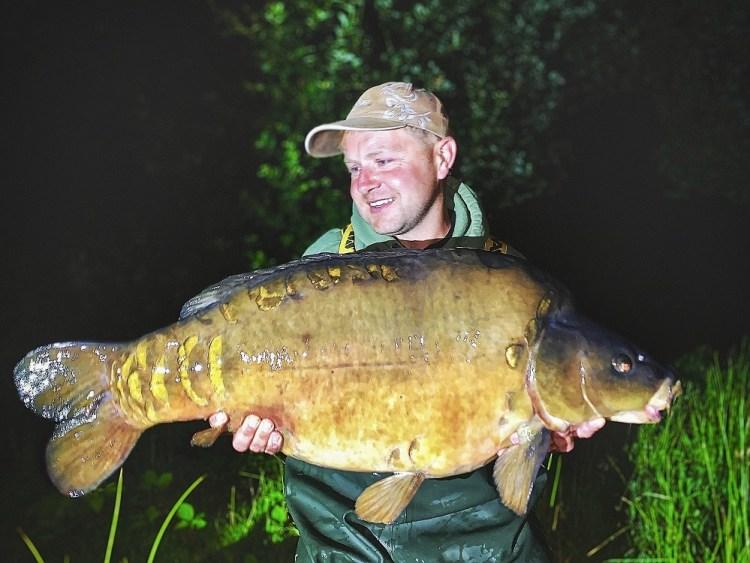 ben cogbill 43lb papercourt fishery sas catch-01