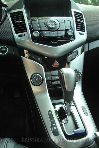 Chevy Cruze LTZ Dash Interior