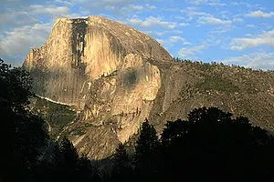 300px-half_dome_at_sunset-8965094