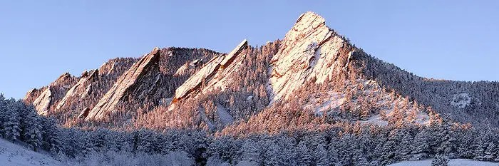700px-flatirons_winter_sunrise_edit_2-8864089