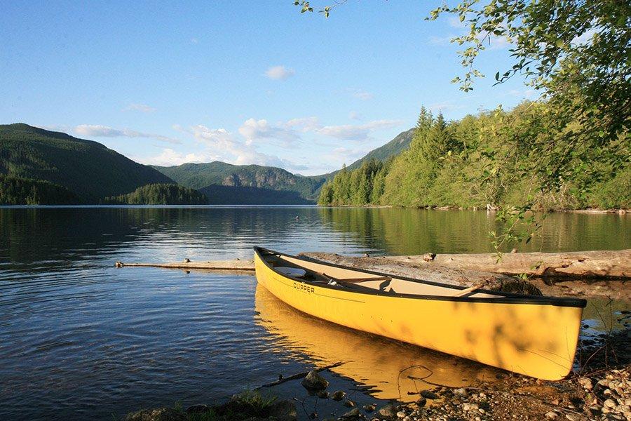 canoe vs kayak - canoe 1