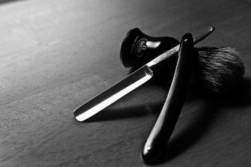 benefits of shaving with a straight razor