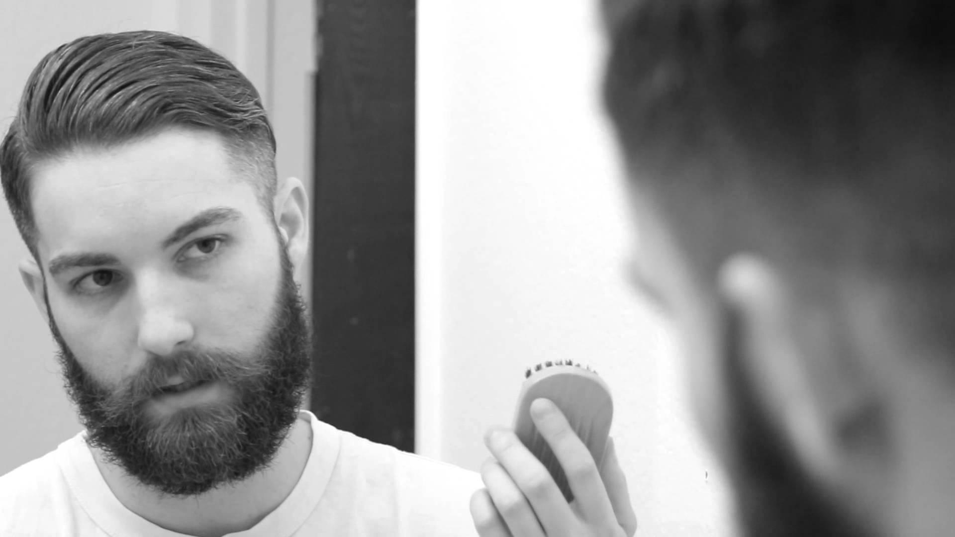 Beard Growth : Benefits Of Castor Oil & How To Apply Castor Oil