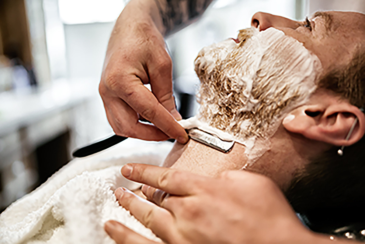 Shaving Against The Grain – The Skill To Have Closest Shave Possible -Xtrimblades
