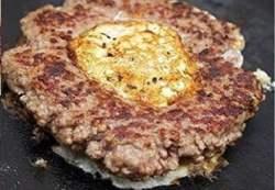 Receita de Hambúrguer com ovo Caseiro