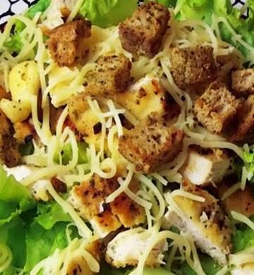 Receita de Salada de Frango Crocante