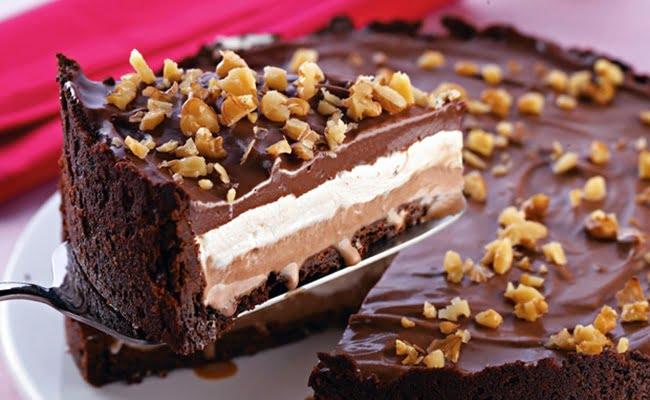 Receita de Torta de sorvete de chocolate com marshmallow