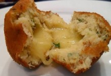 Receita de Bolinho de Bacalhau com queijo