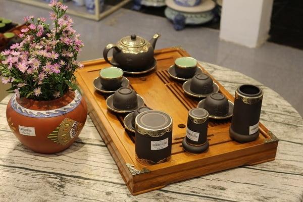 Bộ ấm tích trà được những người nghiền trà sử dụng