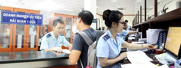 Dịch vụ hải quan giá rẻ tphcm