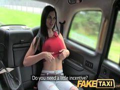Videos de sex dessa peituda linda fodendo bem gostoso com o taxista