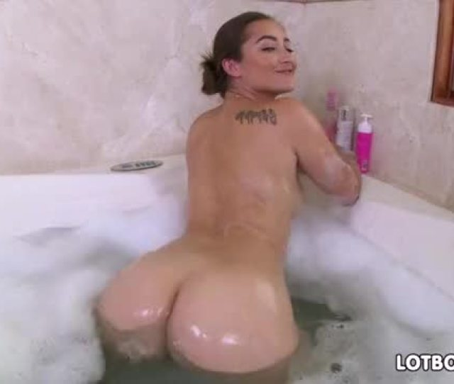 Big Booty Dani Daniels Blowjob And Gets Banged In Bathroom Thumbnail Number 1