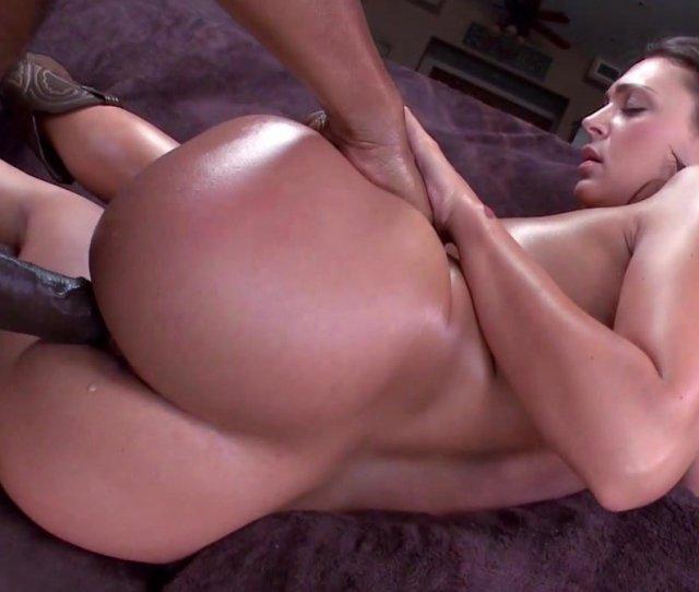 Big Ass Babe Likes Big Black Dick