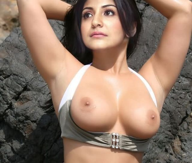 Indian Actress Anushka Sharma Naked Porn Images