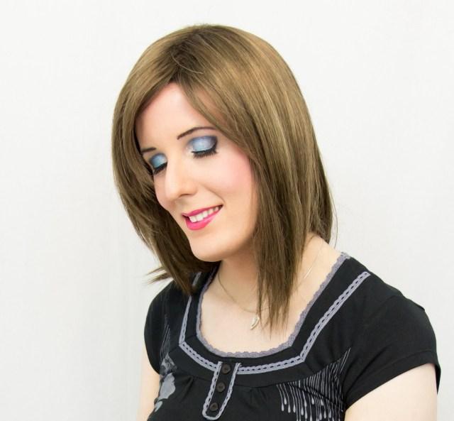 Nina Lolilove - Maquillage bleu aquatique