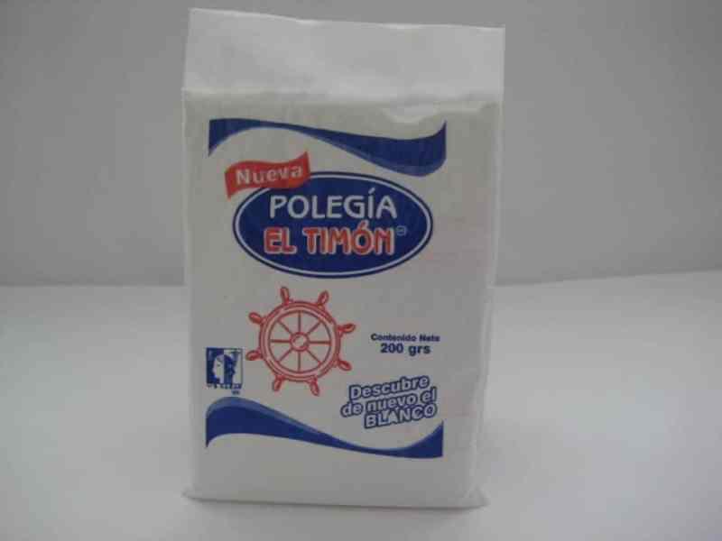 Polegia used to get huipiles sparkling white