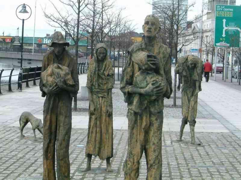 Irish potato famine memorial in Dublin