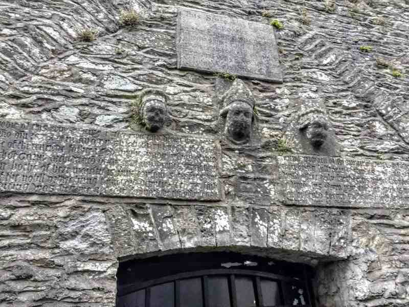 high king of Ireland's image on chapel at Kells