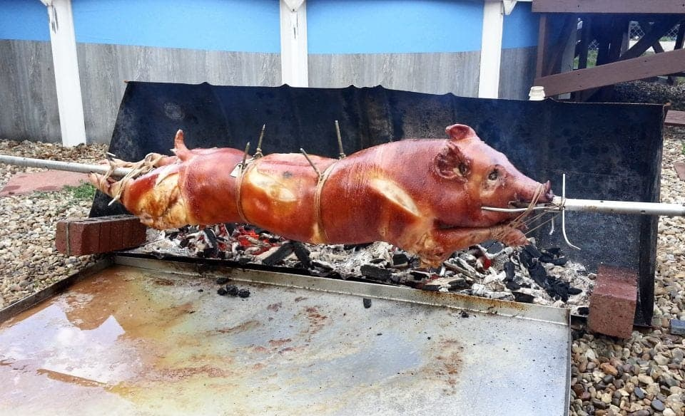 roasted sucking pig Cuba for foodies