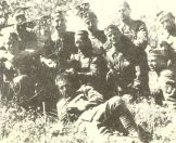 1948-xx-xx - Χαρίλαος Φλωράκης - Υποστράτηγος του ΔΣΕ με αξιωματικούς του Επιτελείου του-02 - giotis2