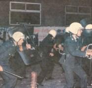 1984-12-04+05 - Επίσκεψη Λεπέν Κάραβελ - Συγκρούσεις με ΜΑΤ-04 - Οδός Σόλωνος - solonos mat