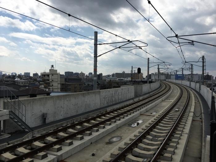 新大阪寄りの端