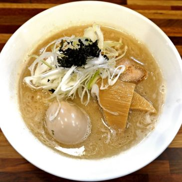 超攻撃的な一杯!銀だらを丸ごと使い香ばしい風味と個性を全面に出した鮮魚ラーメン『五ノ神水産』